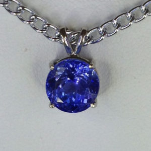 castle-rocks-and-jewelry-5164a-tanzanite-11mm-round-white-gold-pendant-robert-michael
