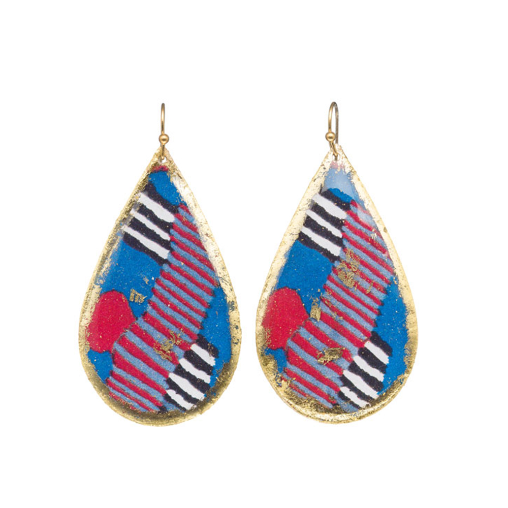 castle-rocks-and-jewelry-licorice-teardrop-earrings-evocateur