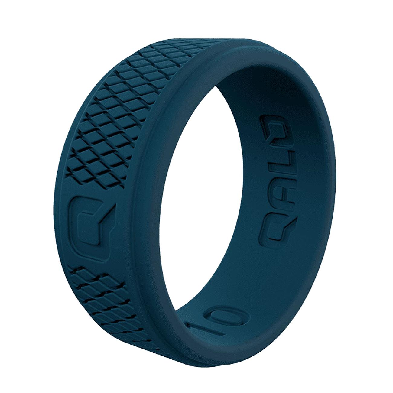 CRJ-180503-qualorings-_0027_mens-deep-blue-step-edge-crosshatch-q2x-silicone-ring